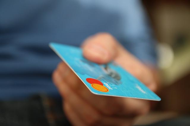 借金を借金で返すことはダメ