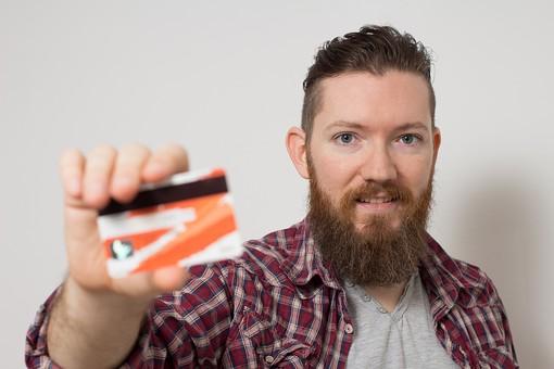 クレジットカードでお金借りる